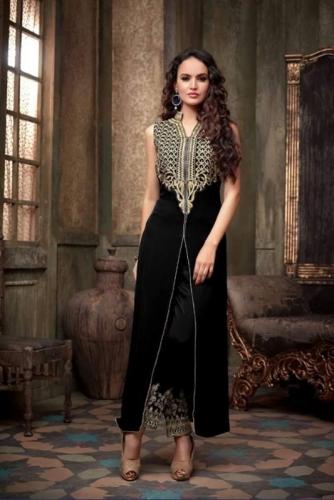 920aee746bdf9 ملابس هندية في السوق المصري   ملابس نسائية - في الإسكندرية - مصر